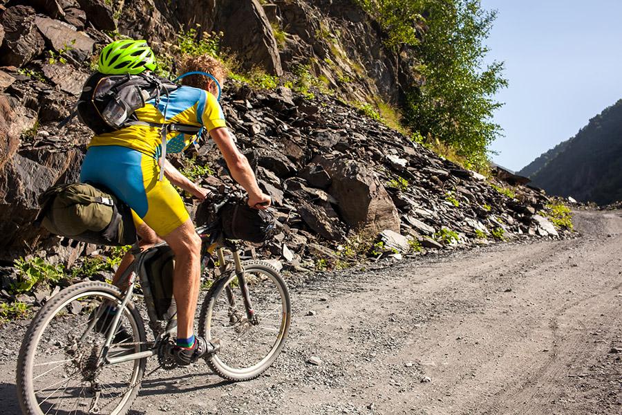 Wat is bikepacking – en hoe verschilt het van een 'normale fietsvakantie'?